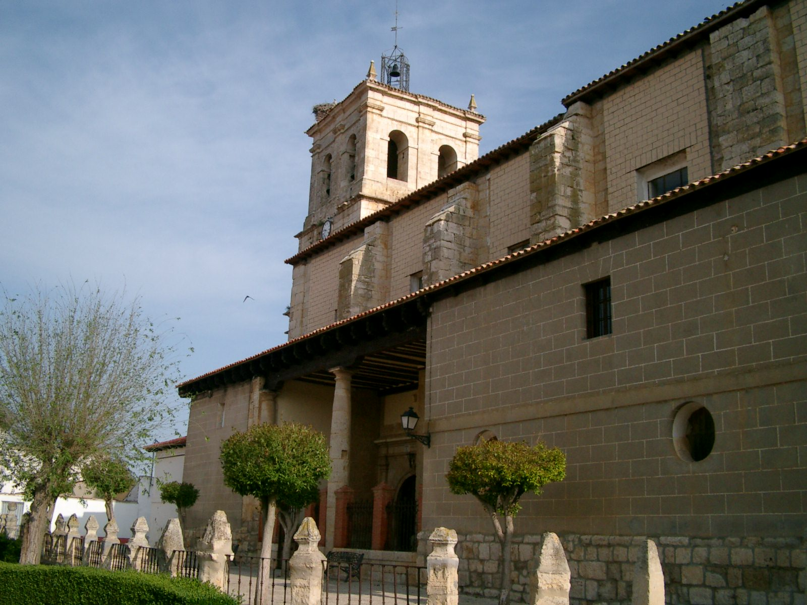 Iglesia Santa Cruz lateral